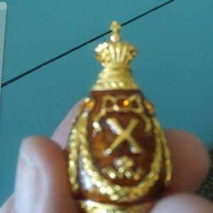 Vintage Joan Rivers Egg Pendant